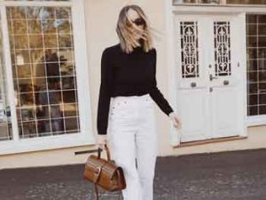 how should a 35 year old woman dress Office-style